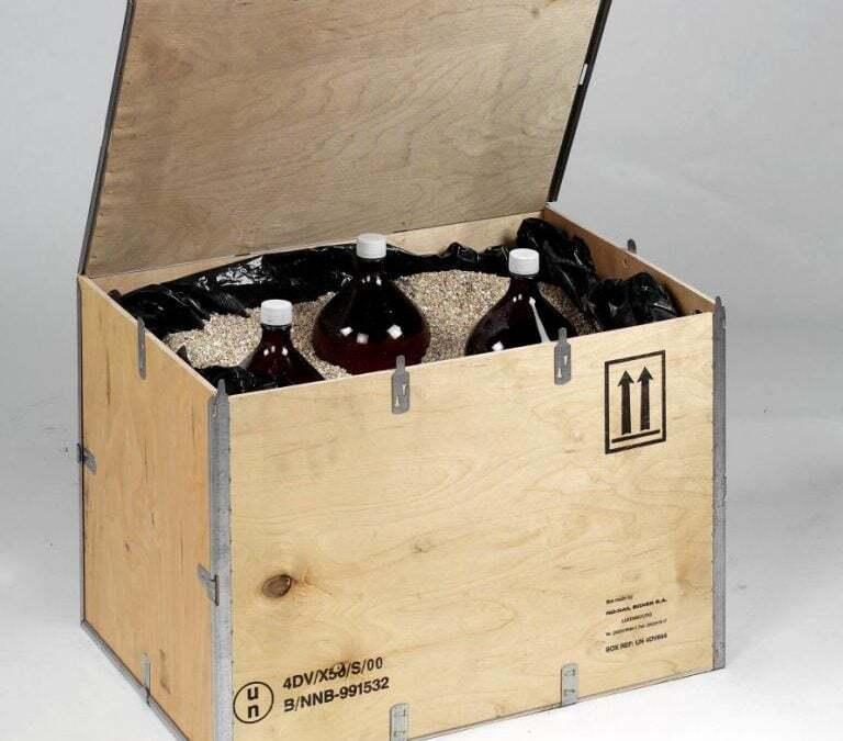 NO-NAIL BOXES, UN box for dangerous products