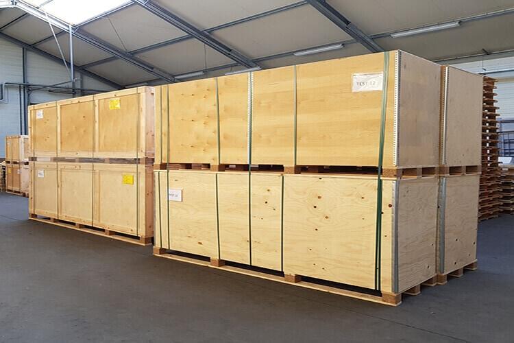 Le gerbage des caisses pliantes : un atout pour l'optimisation de l'espace